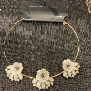 Metal choker necklace with flowers
